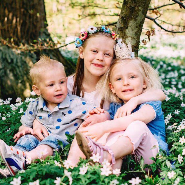 Vrerbjudande! Portrttfotografering barnsyskonfamiljgravid under ca 1 timme inkl 3 digitalahellip